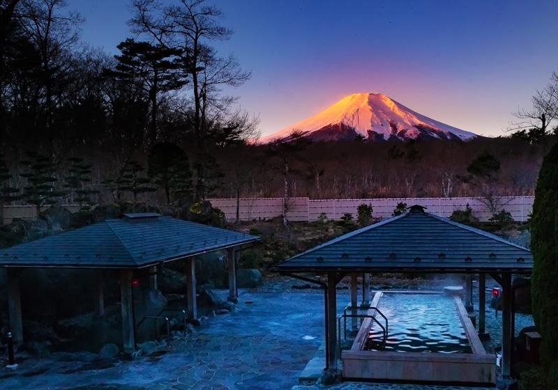紅色富士山