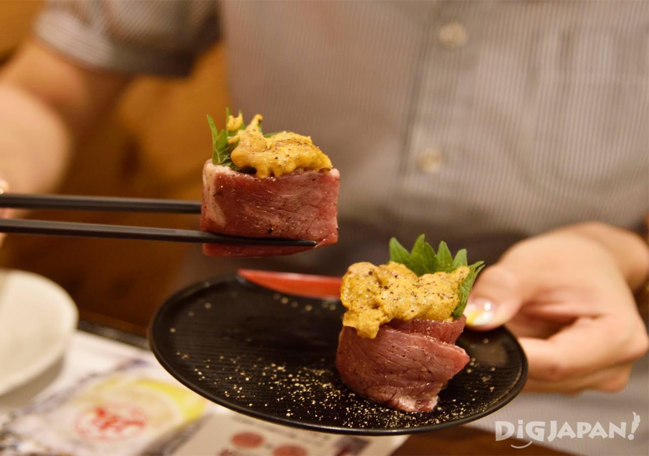 肉天国のうにく(肉の寿司)