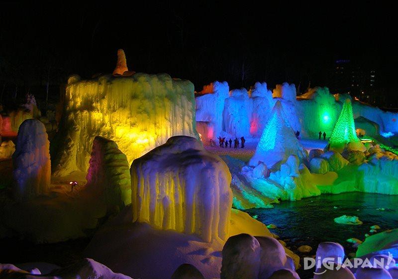 層雲峽溫泉冰瀑節1