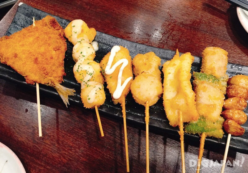6支綜合魚串炸 880日元