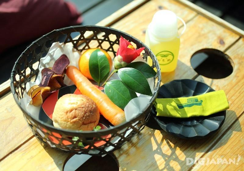 由大阪・枚方的農園・衫五兵衛(sugi gohei)直送而來的早餐