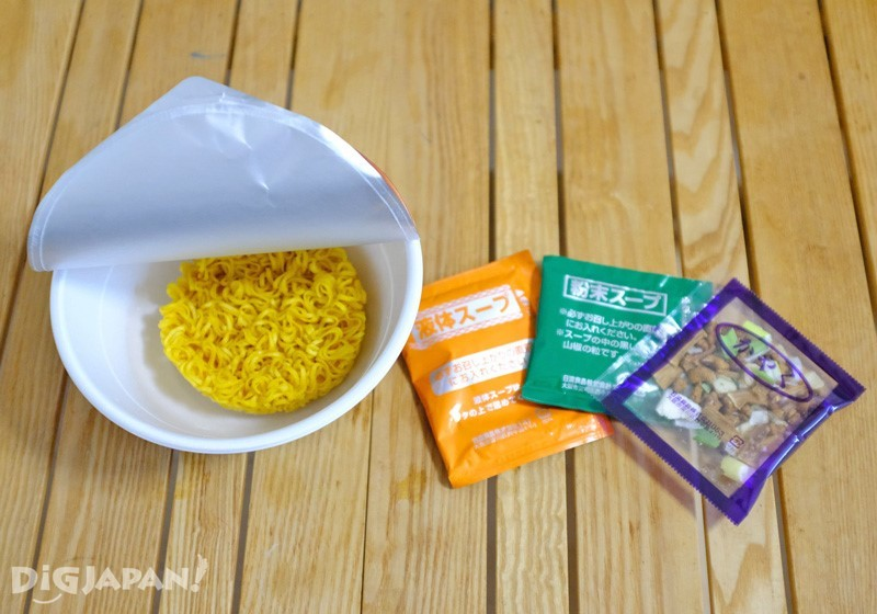 Sumire 札幌濃厚味噌内容物