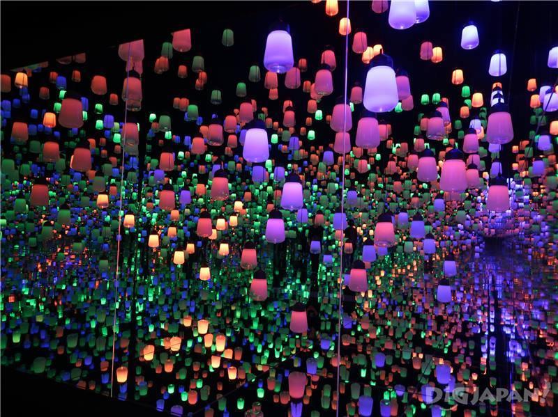 teamLab夢幻的「燈之森林」